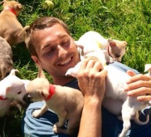 "'Lucky Dog' Host Brandon McMillan Says, ""If I Can't Laugh Constantly with Someone, It Won't Work Out"""