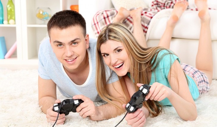 Cupid's Pulse Article: Weekend Date Idea: Game On