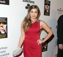 'Boy Meets World' Star Danielle Fishel Marries Tim Belusko