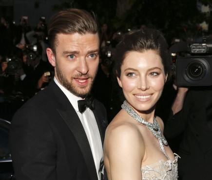 Cupid's Pulse Article: Newly Engaged Jessica Biel Wears Bridal Style Dress at Golden Globes