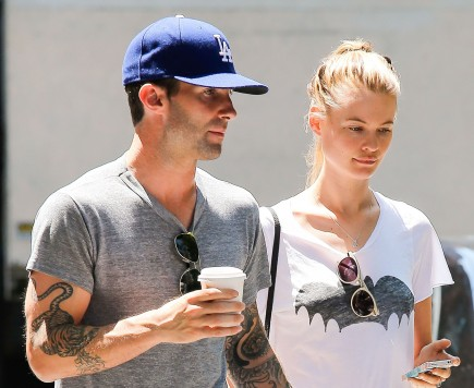 celebrity couples, Adam Levine, Behati Prinsloo