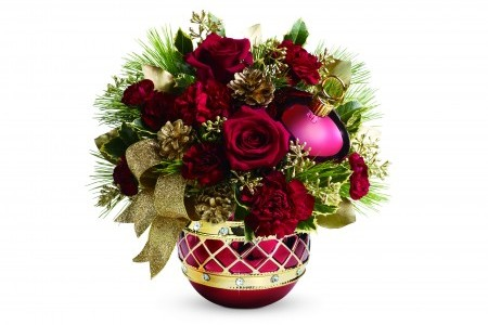 """Cupid's Pulse Article: Giveaway: """"Duck the Halls"""" Like the Robertson Family With Teleflora's Festive Holiday Arrangements"""