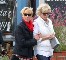 'Family Ties' Star Meredith Baxter Ties the Knot