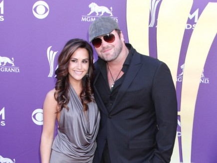 Cupid's Pulse Article: Lee Brice Welcomes a Second Son