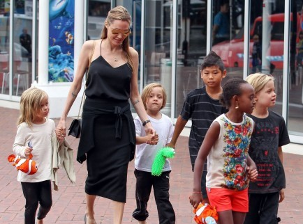 Cupid's Pulse Article: Brad Pitt and Angelina Jolie Visit Legoland with Kids
