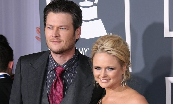 Cupid's Pulse Article: Newly Single Celebrity Blake Shelton Posts Smiling Selfie with Pal