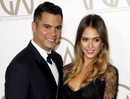 Cupid's Pulse Article: Jessica Alba and Cash Warren Celebrate Five-Year Anniversary