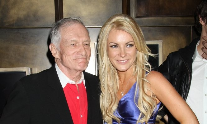 Cupid's Pulse Article: Crystal Harris Attends Vegas Pool Party Instead of Marrying Hugh Hefner