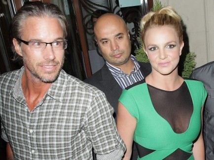 Cupid's Pulse Article: Britney Spears and Jason Trawick Take Her Boys to Las Vegas
