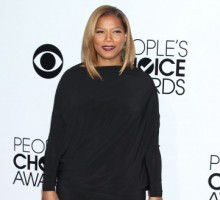 Queen Latifah Officiates Mass Weddings at Grammy's