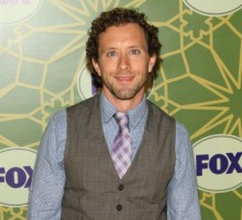 'Bones' Star TJ Thyne Proposes to Model Girlfriend Leah Park