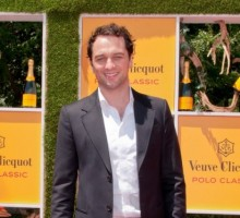 Matthew Rhys Says He Couldn't Keep Up a Fake Marriage in Real Life