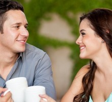 Dating & Technology Q&A: How to Win a First Date After Meeting Online