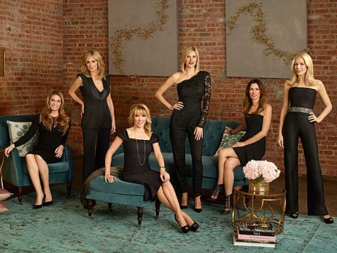 Heather Thomson, Sonja Morgan, Ramona Singer, Kristin Taekman, Carole Radziwill, and Aviva Drescher. Photo: MICHAEL LAVINE/BRAVO