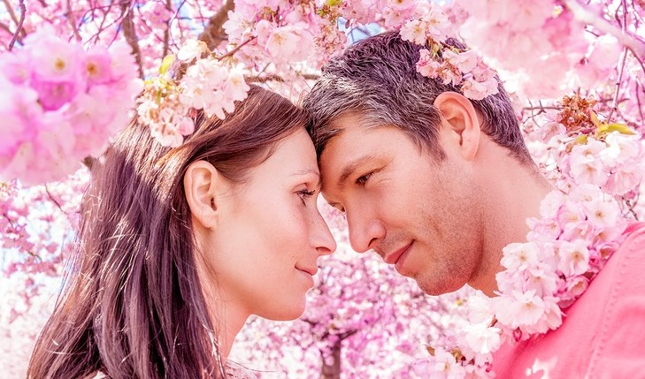 Cupid's Pulse Article: How to Turn Your Spring Fling Into the Real Thing