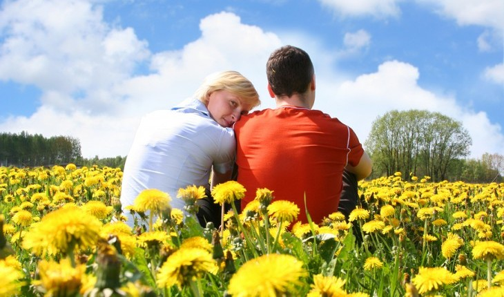 Cupid's Pulse Article: Expert Relationship Advice: Four Ways a Positive Attitude is Good for You