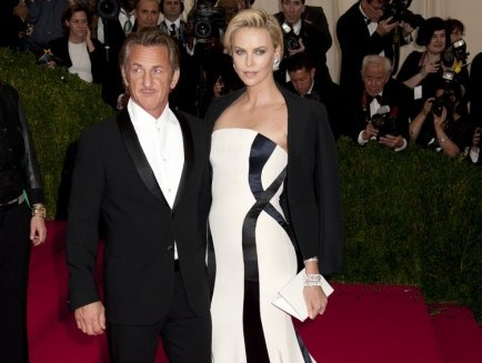 Cupid's Pulse Article: Charlize Theron Dating Sean Penn – Holds Hands on Met Gala Red Carpet