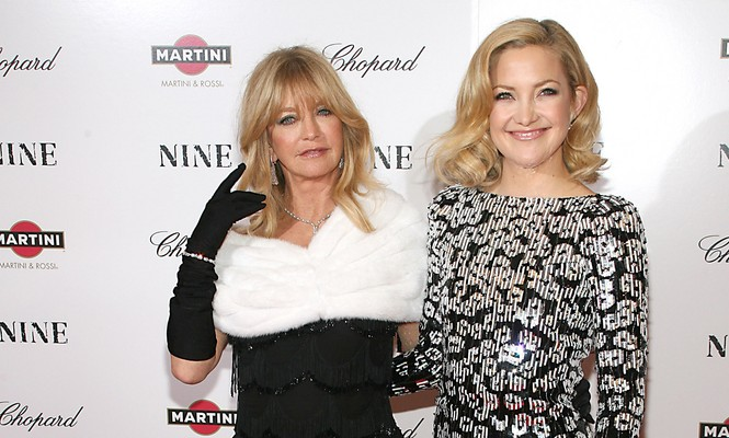 Cupid's Pulse Article: 5 Celebrity Mother-Daughter Look-alikes