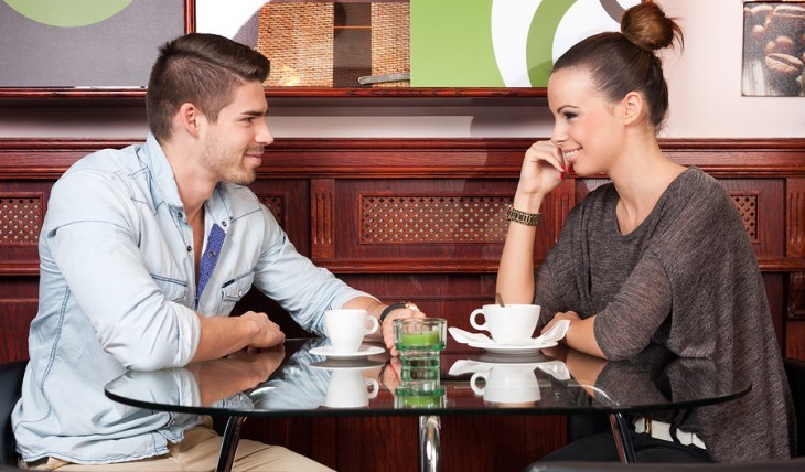 Cupid's Pulse Article: Expert Dating Advice Guys' Edition: 5 Not So Obvious Signs She's Into You