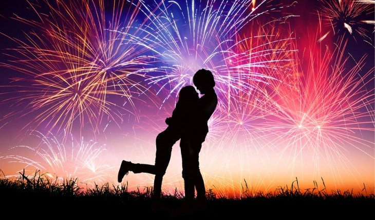 Cupid's Pulse Article: Independence Day Date Ideas: Fire Up Your Love!