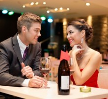 Dating Advice: First Date Fashion Do's And Don'ts