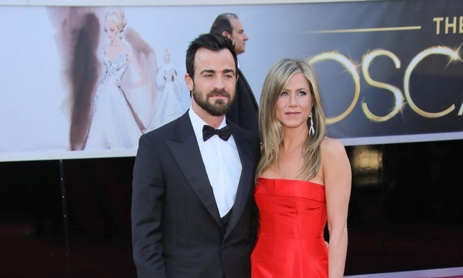Cupid's Pulse Article: Justin Theroux Surprises Jennifer Aniston at Photo Shoot