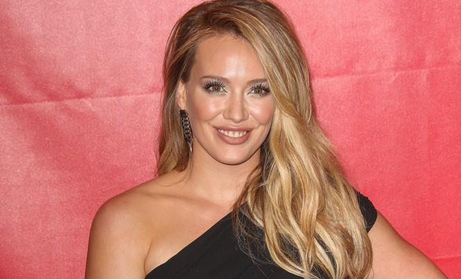 Cupid's Pulse Article: Hilary Duff Writes Song About Estranged Husband Mike Comrie