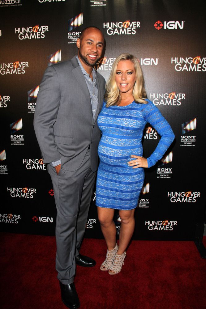 Cupid's Pulse Article: Kendra Wilkinson Wears Telling T-Shirt Post-Divorce Lawyer Meeting