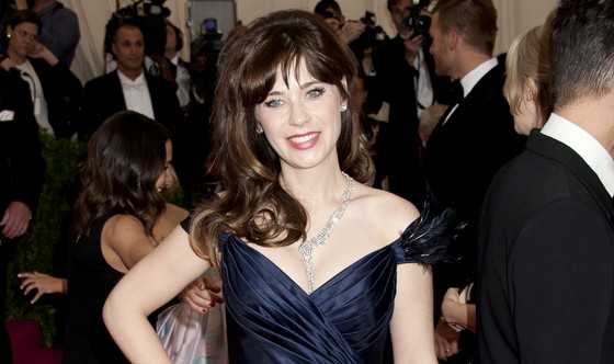 Cupid's Pulse Article: Zooey Deschanel Splits from Boyfriend Jamie Linden