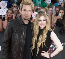 Avril Lavigne Receives 17-Carat Ring for Wedding Anniversary