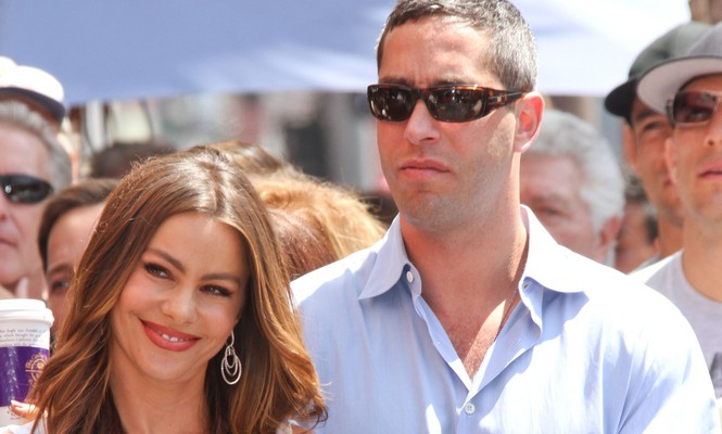 Cupid's Pulse Article: Sofia Vergara's Ex Nick Loeb Sneaks Up On Her at Red Carpet Event