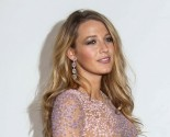 Hollywood Couple Blake Lively and Ryan Reynolds Show Off Her Celebrity Baby Bump