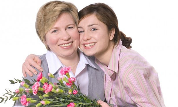 Cupid's Pulse Article: Dating Advice: Celebrate Your Moms
