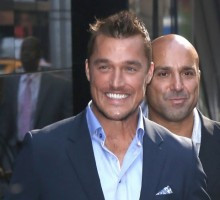 Chris Harrison Jokingly Slaps Chris Soules in New 'Bachelor' Promo