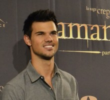 Celebrity News: Taylor Lautner Says Britney Spears Tried to Set Him Up with Her Sister Jamie Lynn