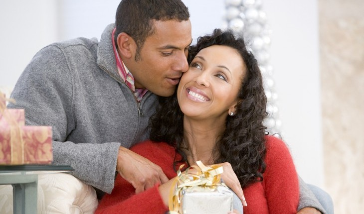 Cupid's Pulse Article: Relationship Expert Shares Hot Valentine's Day Gifts