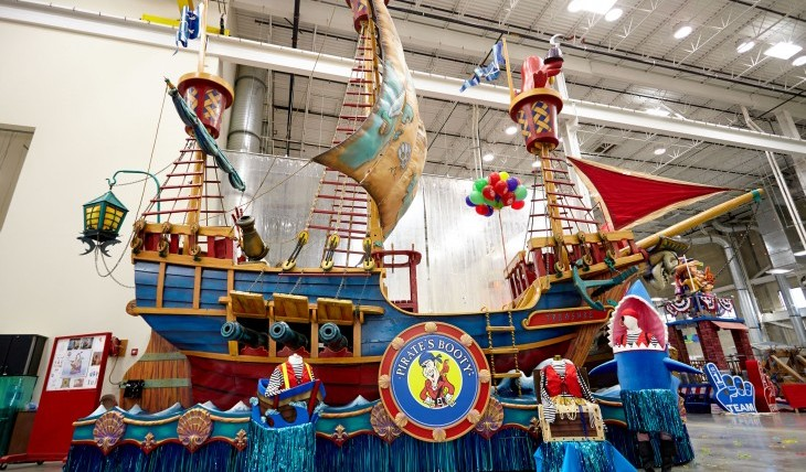 "Cupid's Pulse Article: Exclusive Interview: Eric Berniker on Pirate's Booty Float in Macy's Thanksgiving Day Parade: ""We're Excited to Be a Part of That Family Tradition"""