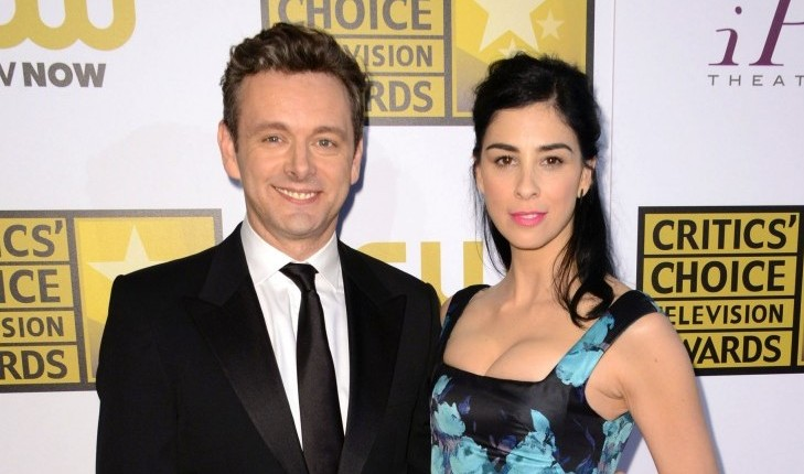 Michael Sheen and Sarah Silverman are known to show PDA. Photo: KM/FAMEFLYNET PICTURES