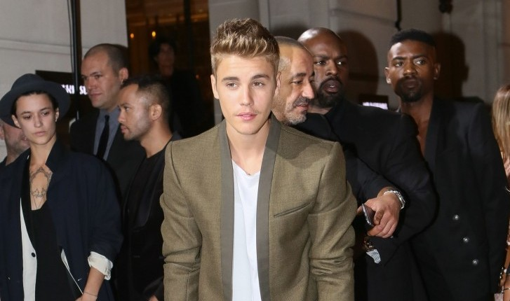 Justin Bieber confirms he is single for the holidays. Photo: CHP/FAMEFLYNET PICTURES