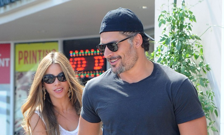 Cupid's Pulse Article: Sofia Vergara and Joe Manganiello Celebrate Thanksgiving Together