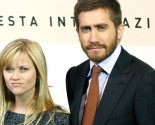 Celebrity Exes Reese Witherspoon and Jake Gyllenhaal Reunite at Golden Globes