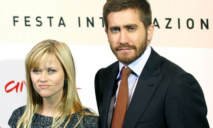 Cupid's Pulse Article: Celebrity Exes Reese Witherspoon and Jake Gyllenhaal Reunite at Golden Globes