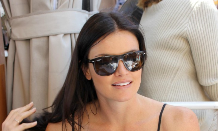 Cupid's Pulse Article: New Celebrity Couple: Courtney Robertson is Dating New Tinder Boyfriend