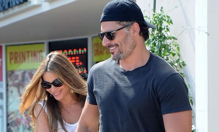 Cupid's Pulse Article: Celebrity Couple Sofia Vergara & Joe Manganiello Spend Golden Globes Evening Eating Dessert!