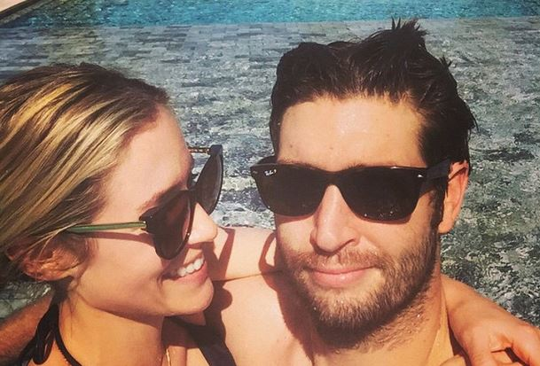 Cupid's Pulse Article: Celebrity Vacations: Kristin Cavallari and Jay Cutler Get Cozy in Pool Pics