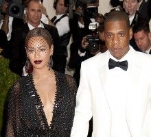 Beyonce Thanks Celebrity Love Jay-Z at Grammy's After Big Win