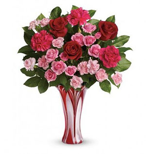 Cupid's Pulse Article: Giveaway: Teleflora's Swirls of Love Bouquet is Perfect for Valentine's Day!