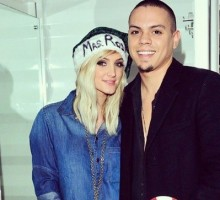 Ashlee Simpson Enjoys Celebrity Pregnancy Via Beach Massage from Husband Evan Ross