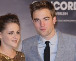 Celebrity Exes: Kristen Stewart Is 'So Happy' Ex Robert Pattinson is Batman