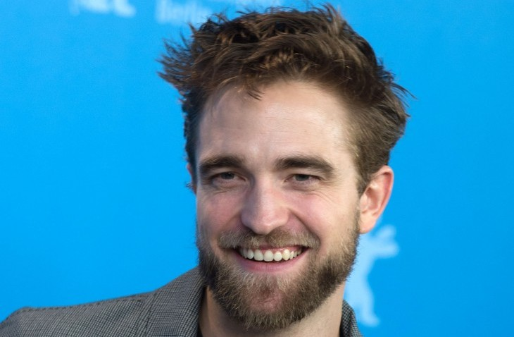 Cupid's Pulse Article: New Celebrity Couple? Robert Pattinson Kisses Suki Waterhouse on Movie Date